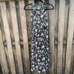 h.i.p. Other - Black floral/Duster/ sleeveless duster